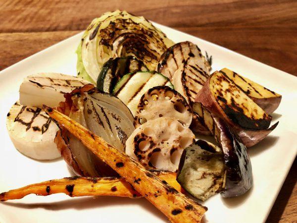 バルタザールの「季節の野菜グリルベジタブル」。野菜それぞれの美味しさが味わえ、シンプルなのに満足感が